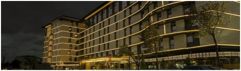 نمای کلی هتل داون تاون
